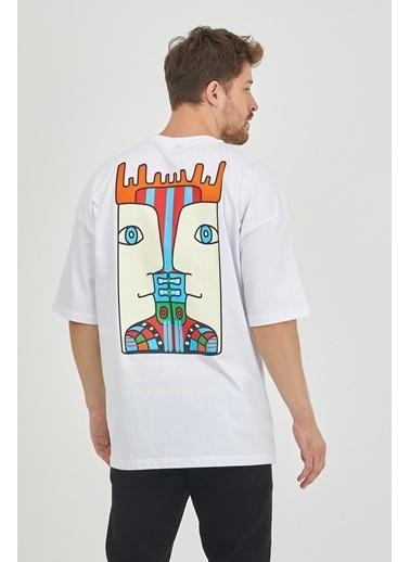 XHAN Taş Rengi Arkası Baskılı Oversize T-Shirt 1Kxe1-44652-56 Beyaz